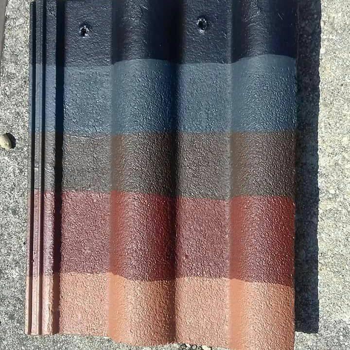 Hydrofuge coloré